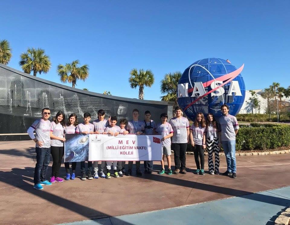 MEV Koleji NASA'da