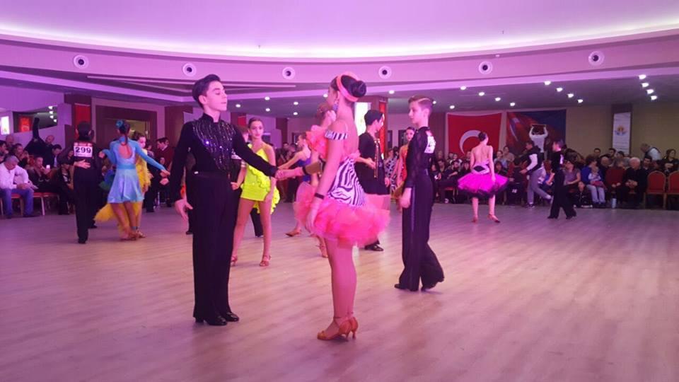 Dansçımız Tolga Öz'den Türkiye Başarısı