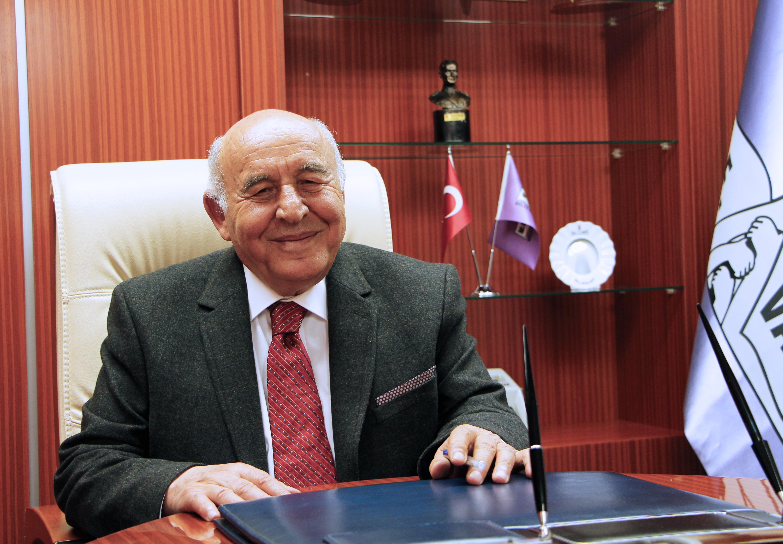 MEV Yönetim Kurulu Başkanı A. Remzi Sezgin'in 23 Nisan Mesajı